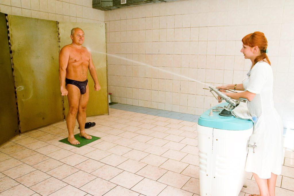 Підводний душ-масаж